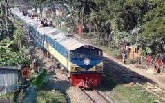 Intercity_Train_Tista_Express_(Bangladesh)